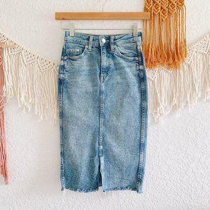 H&M Light Wash Denim Pencil Skirt